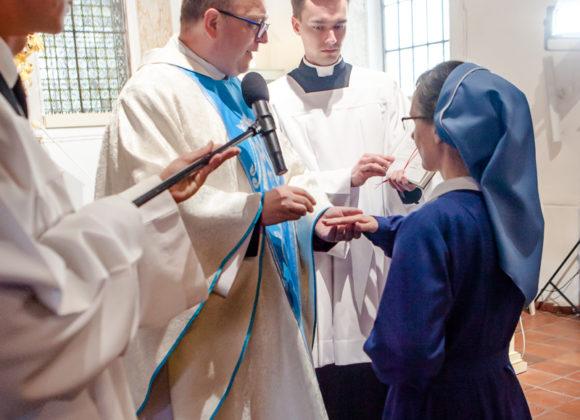 Siostra Helena zaślubiona na wieki!